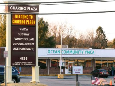 Leak leaves Chariho Plaza businesses without water