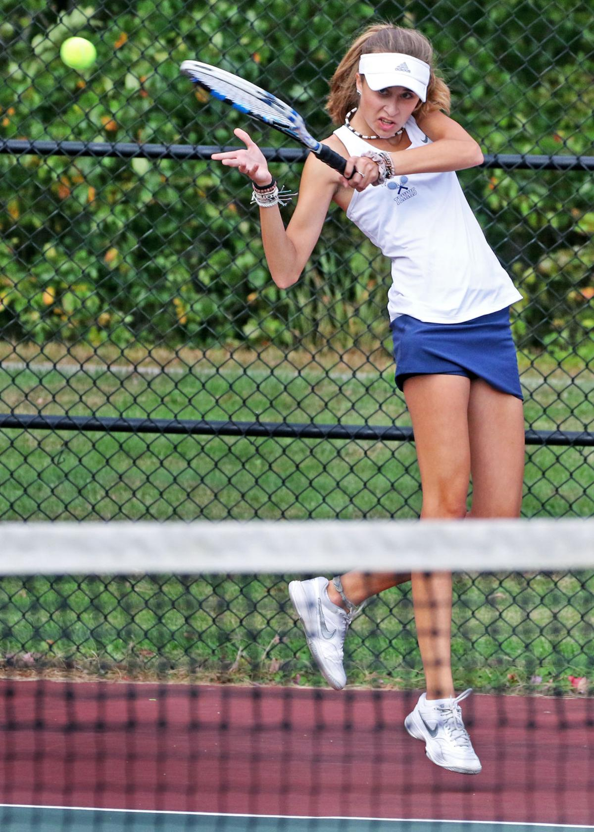 100719 SPT WHS tennis vMoses Brown 1704.JPG
