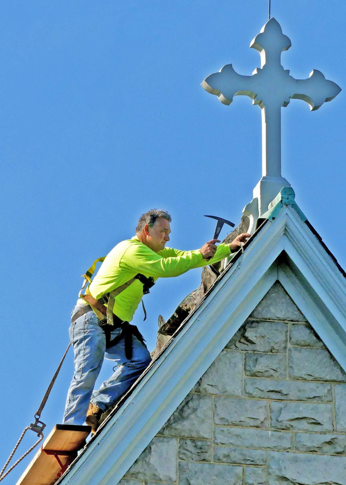 090919 WES Christ Church roof work 538.JPG