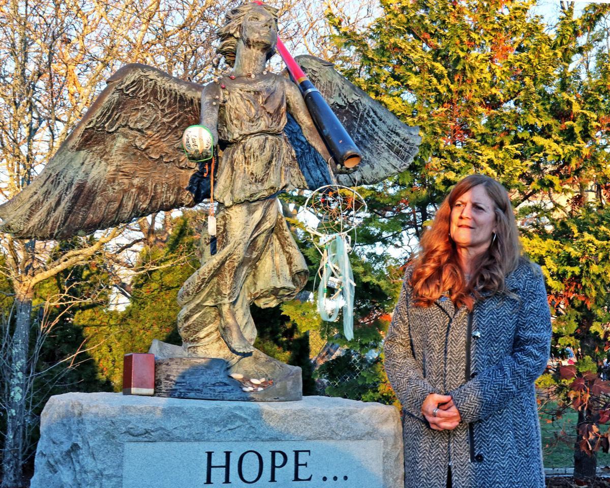 120418 WES Angel of Hope  hh 79.JPG