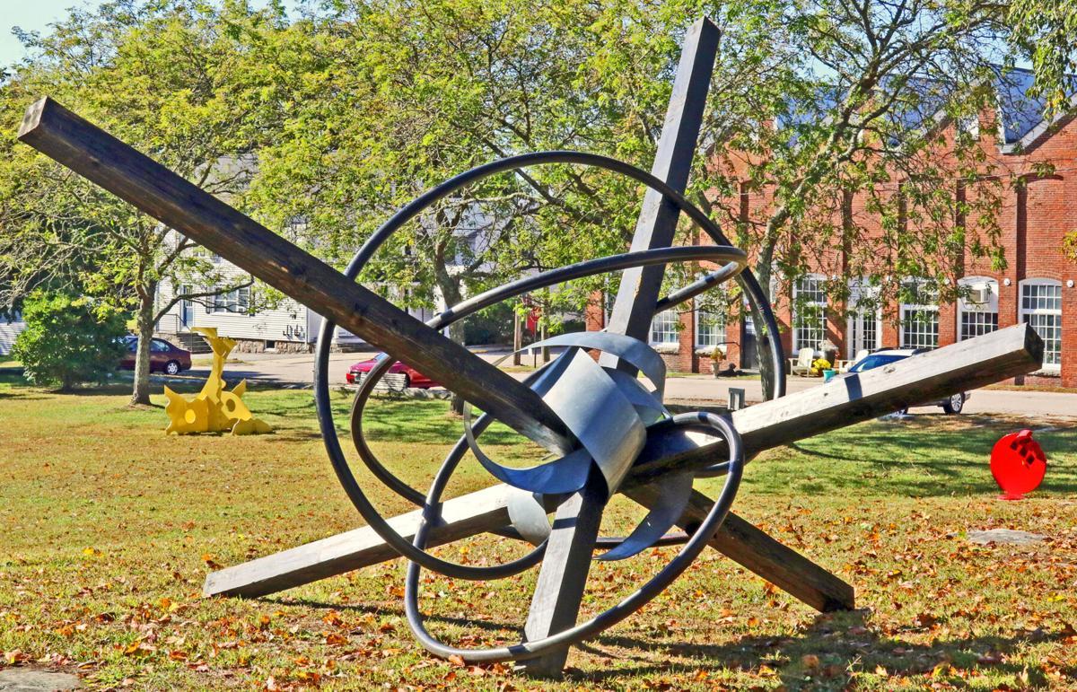 STN New sculpture pary Velvet Mill 11779.JPG