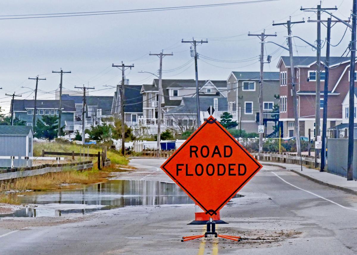 102819 WES King tides flooding 90.JPG