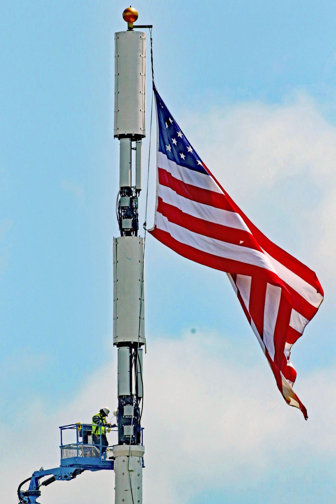 MYS Cell tower flagpole work 24545.JPG