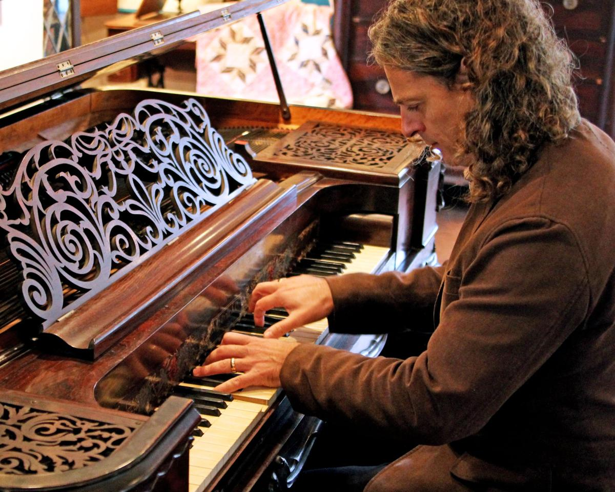1120 NSTN Aymeric pianistr hh 14.JPG