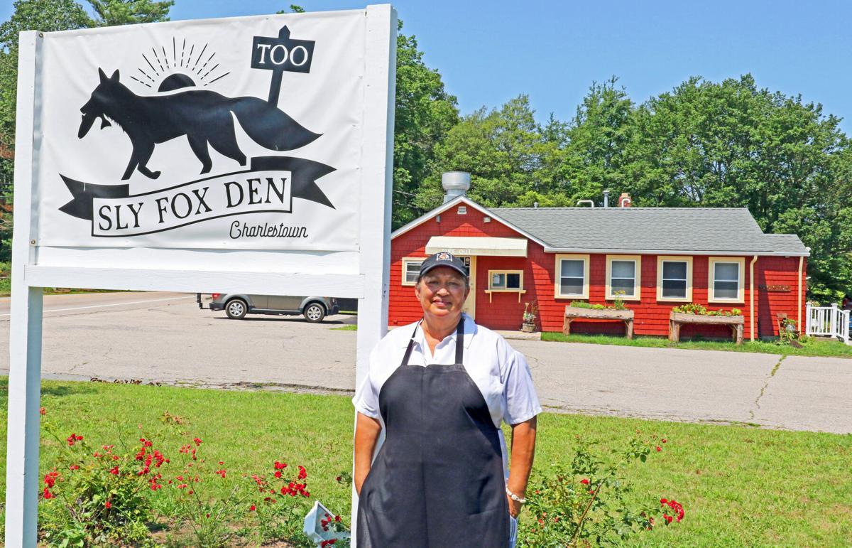 071521 CHA Sly Fox restaurant opens hh 63423.JPG