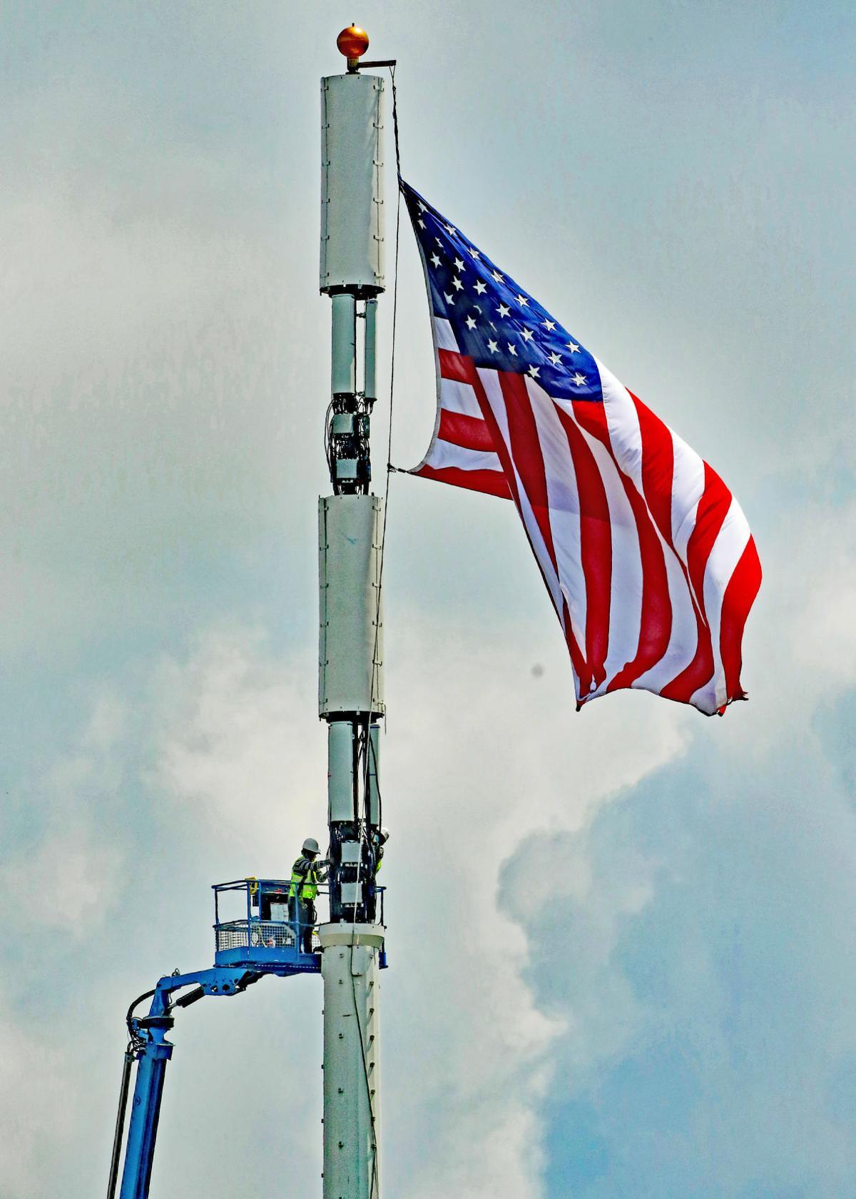 MYS Cell tower flagpole work 24549.JPG