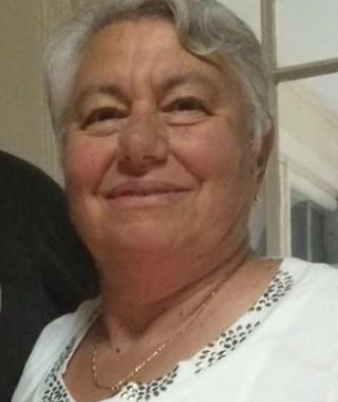 Stonington Police ask for help in finding missing woman