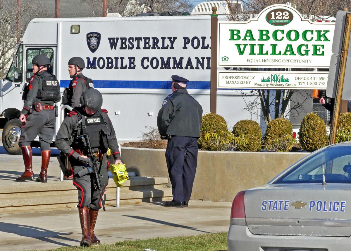 121919 WES Babcock Village homicide 329.JPG