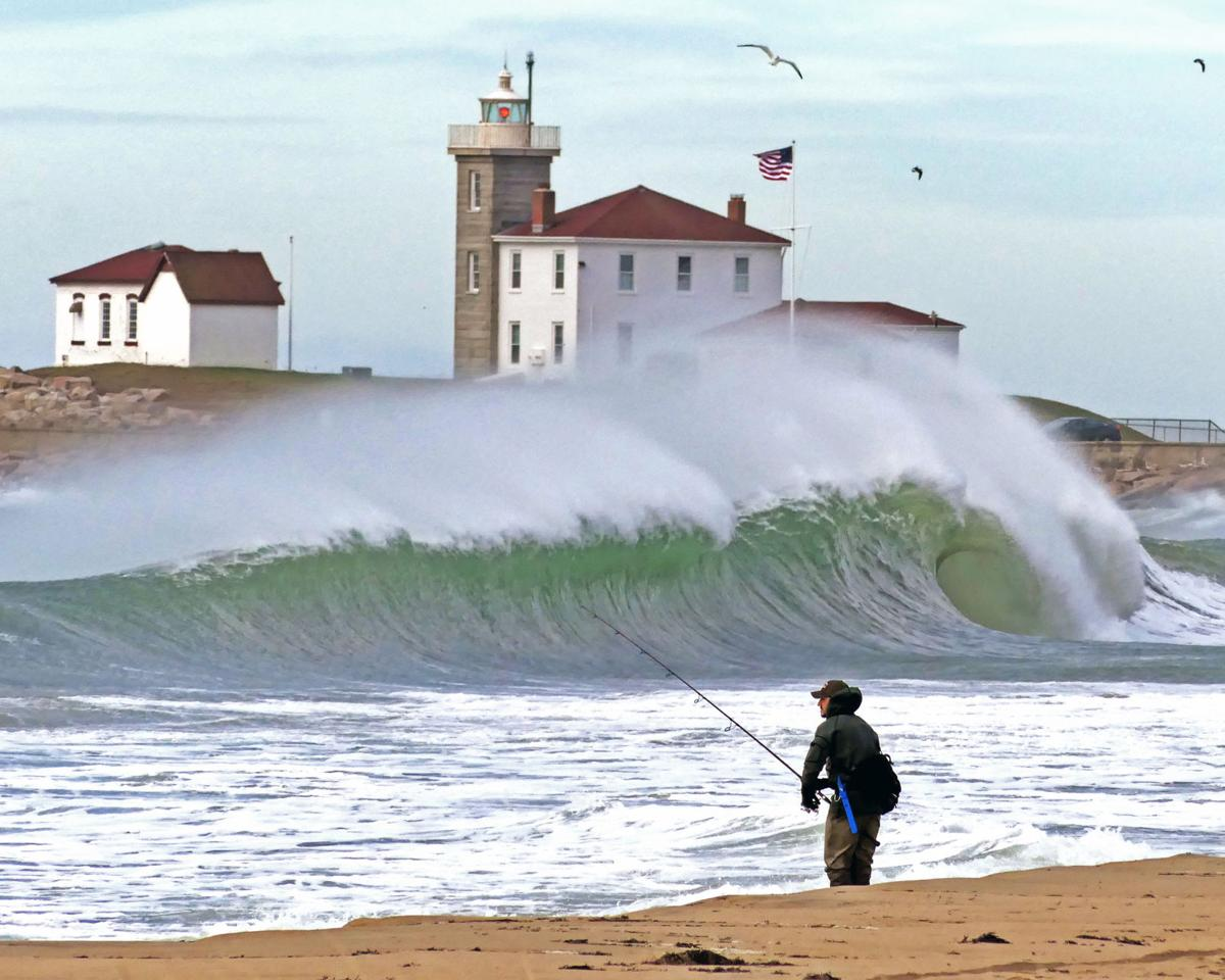 101019 WES Surf casting East Beach big surf 2607.JPG