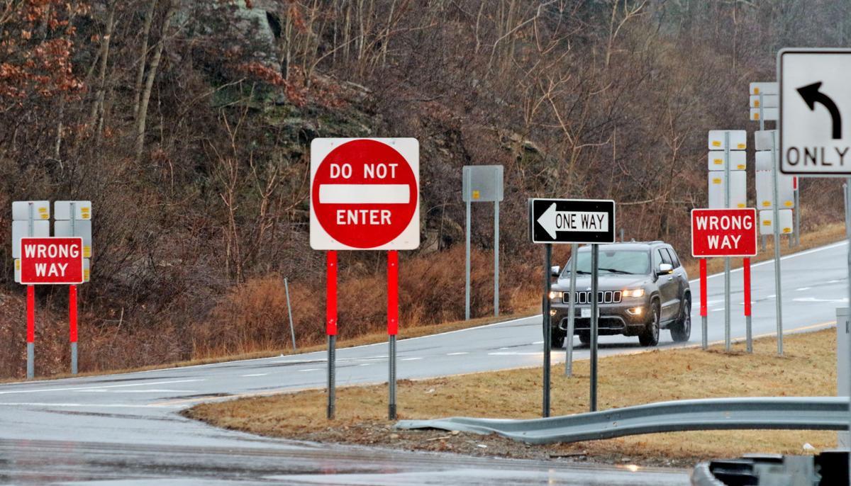021320 REG Wrong way Exits I-95 52.JPG