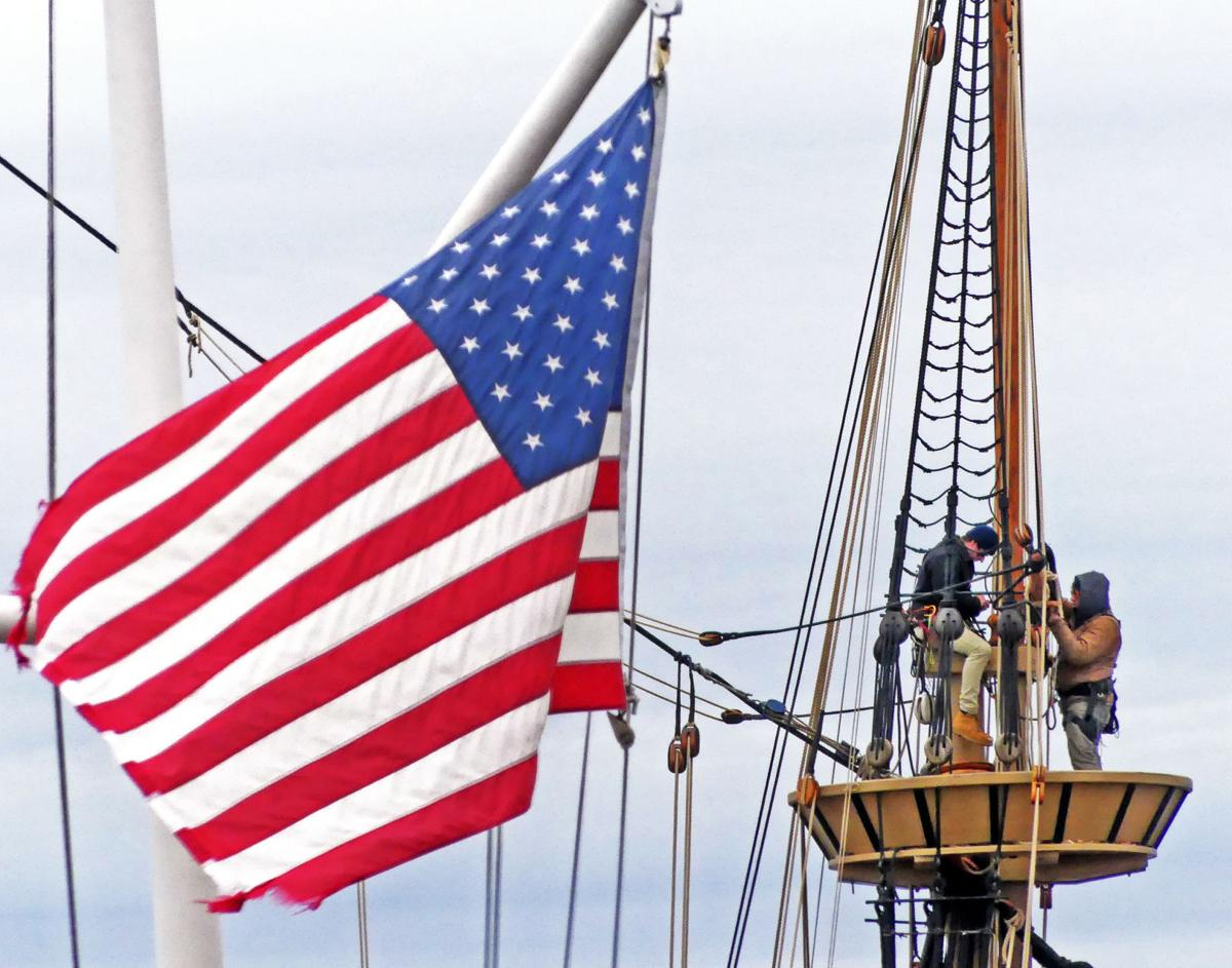 020520 MYS Flag and Mayflower crows nest Seaport 748.JPG