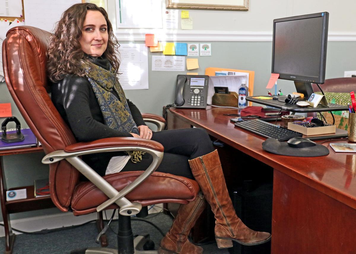EASY Chair Sarah Cote 23117.JPG