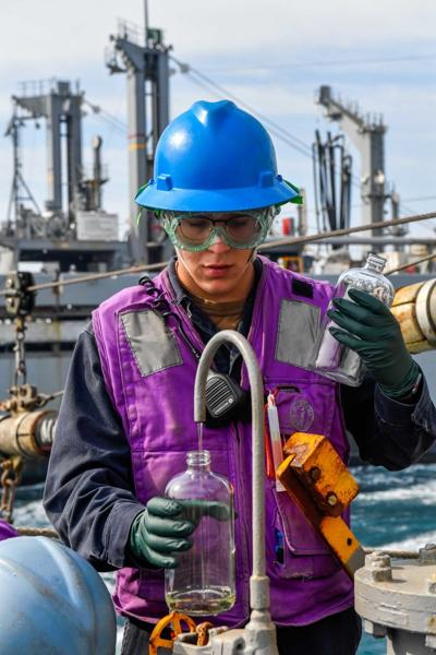 Gas Turbine Systems Technician (Mechanical) 3rd Class Jeffrey Windischman
