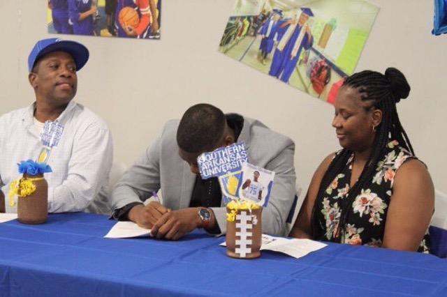 PA signing