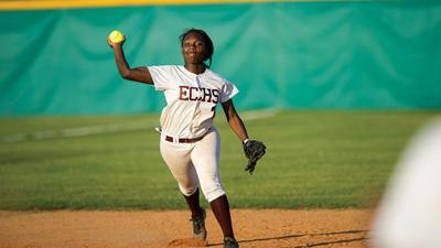 Softball teams return to basics as season begins | Elmore