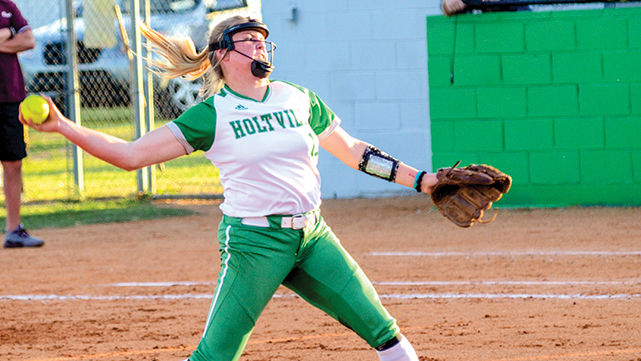Holtville clinches area with sweep of ECHS