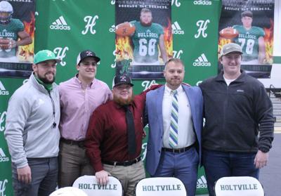Holtville seniors commit to junior college, prep schools