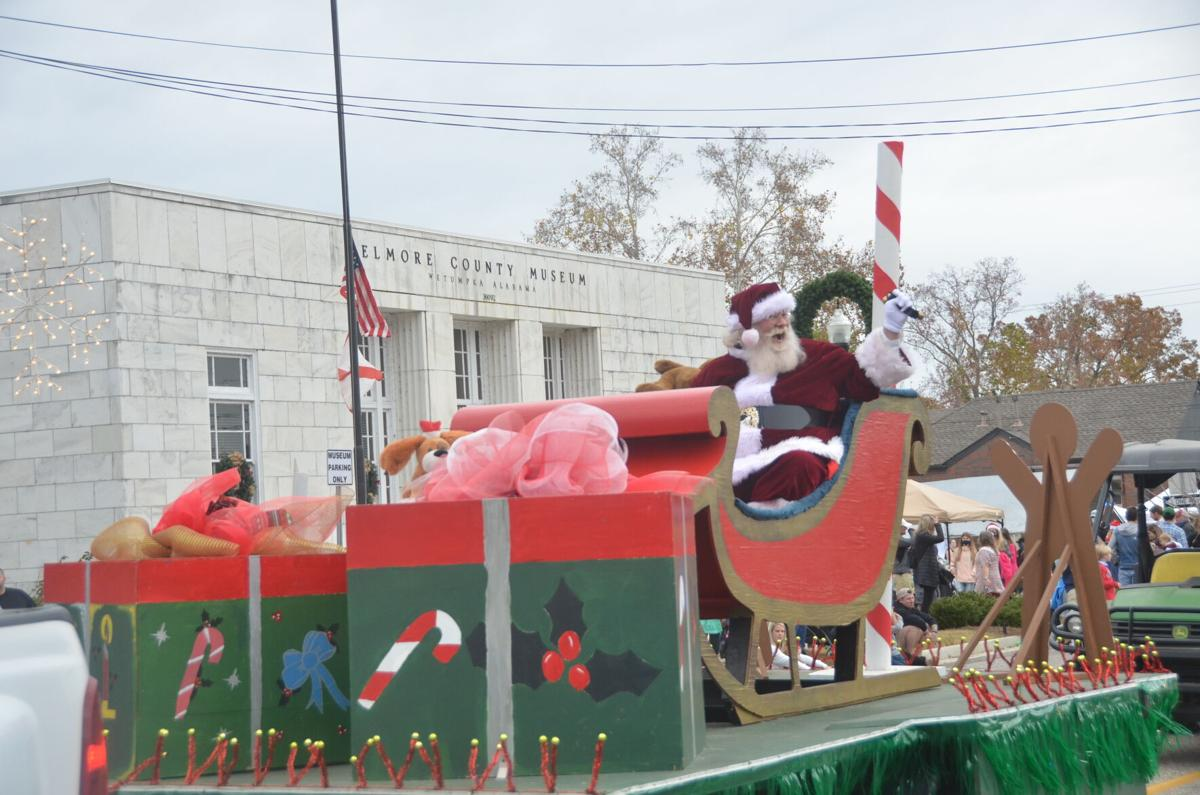 Wetumpka Christmas Parade 2021 Christmas On The Coosa Draws Hundreds To Downtown News Thewetumpkaherald Com