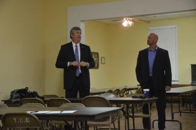 Sheriff Franklin speaks to Titus residents