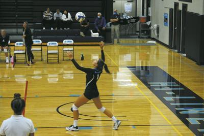 Hi-Liner Volleyball - Dieterle Serves