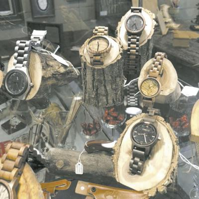 McLean Frames Wooden Watches