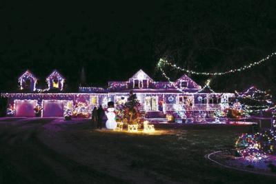 Ivy Holiday Lights Winner - Paulson House
