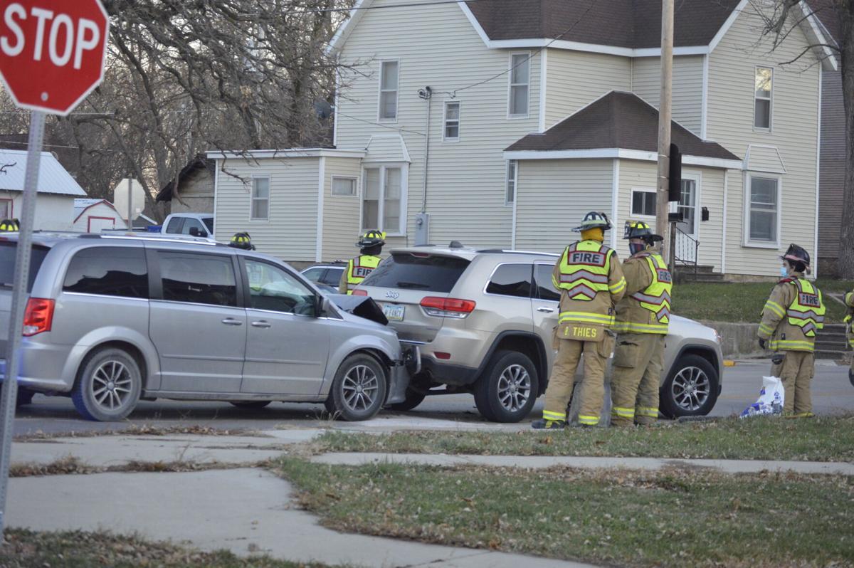 Oak St accident (4).JPG