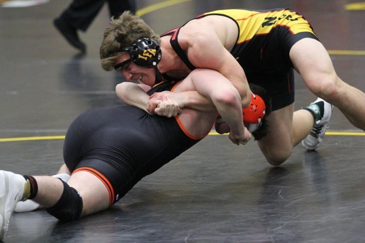 Hadwiger Wrestling