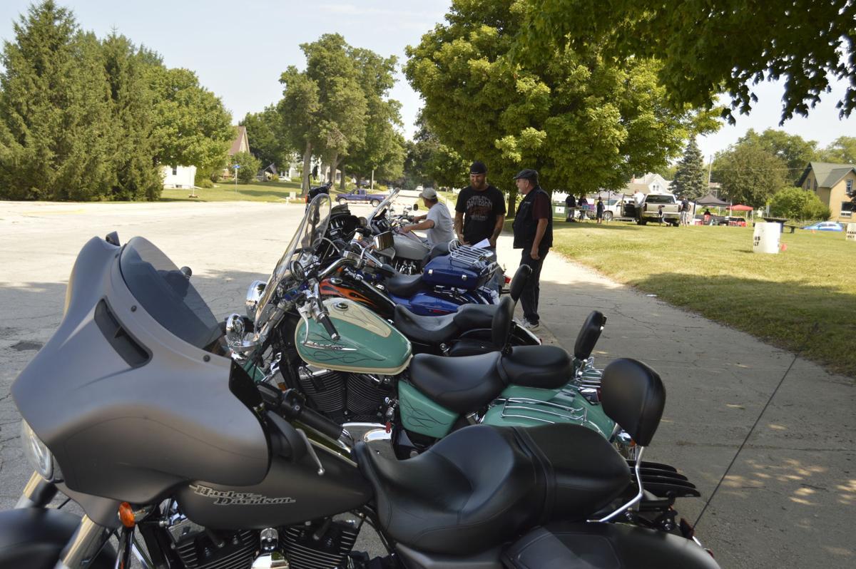 Threshing Day and Motorcycles (40).JPG
