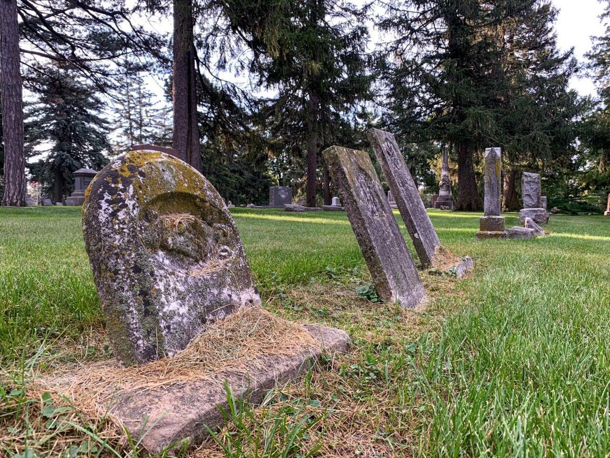 Union Cemetery Monuments
