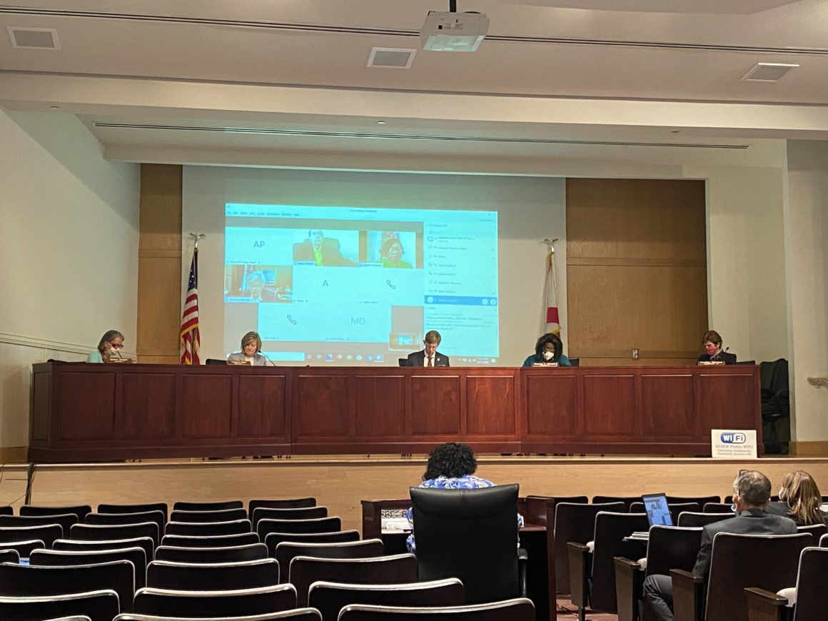 Alabama school board (3).jpg