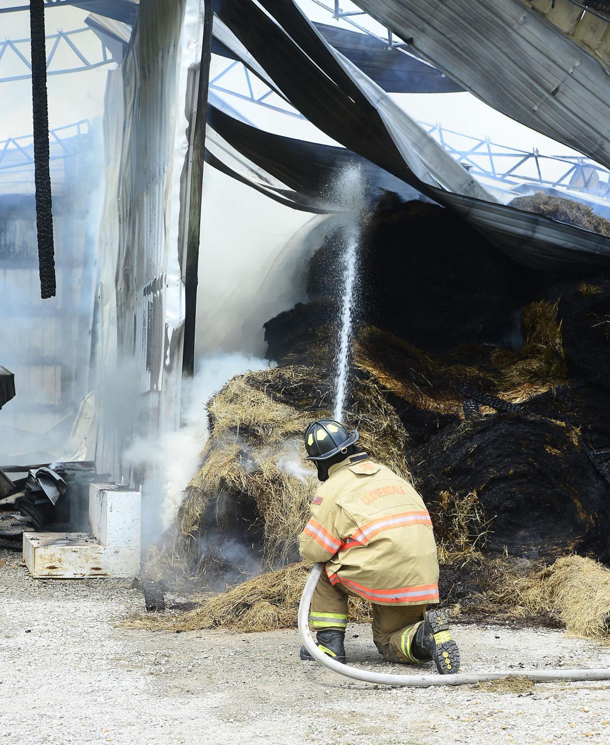 Barn Fire02.jpg