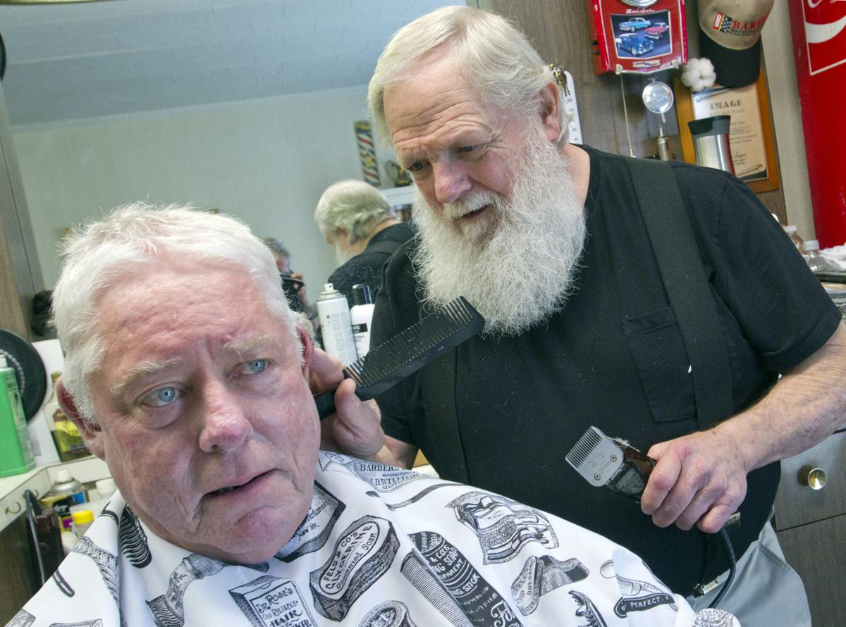 Tommy Corum A Barber On A Mission Education Timesdaily