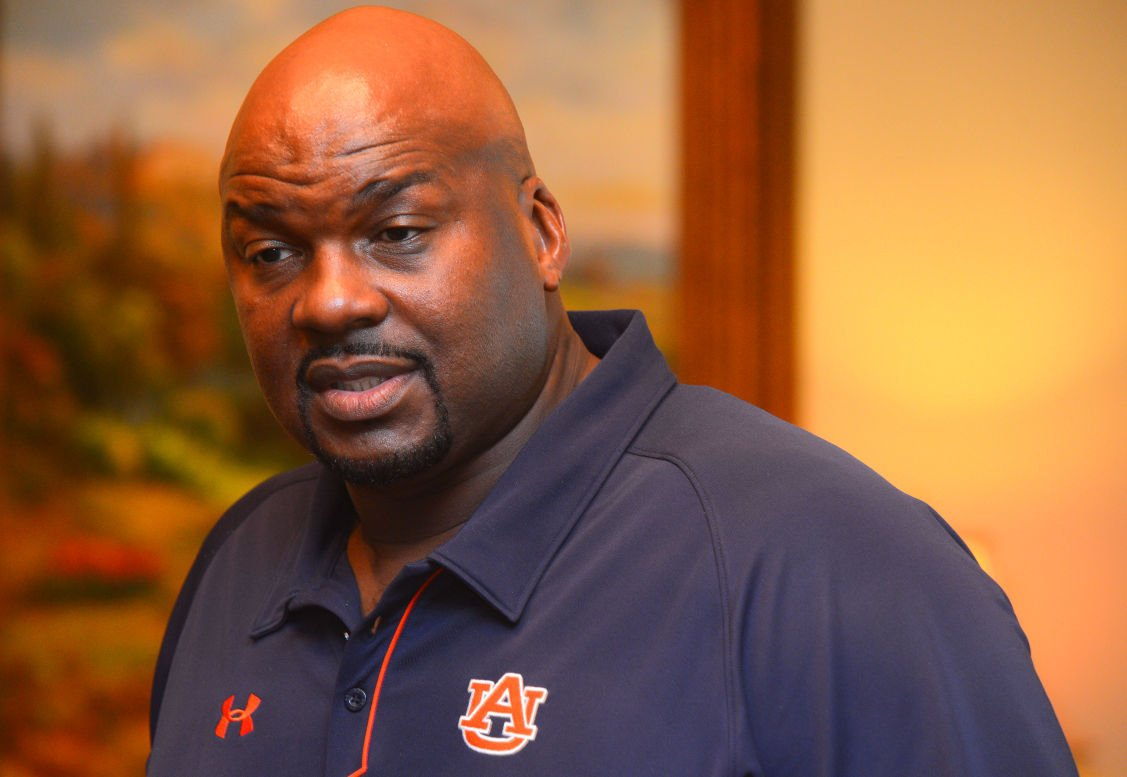 Auburn s Chuck Person among 4 assistant basketball coaches charged