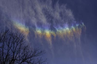local photographer captures upside down rainbow education