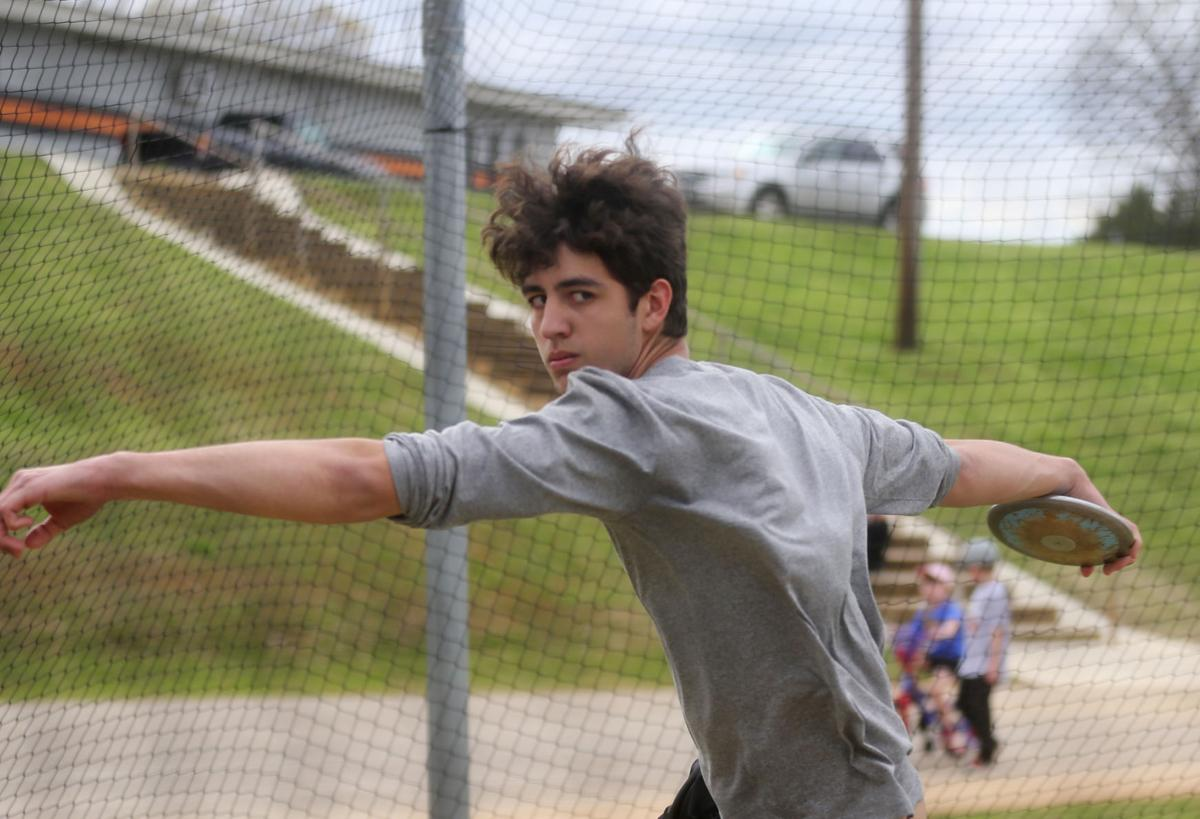 Wilsons Cade Finley Continues Family Discus Tradition High School
