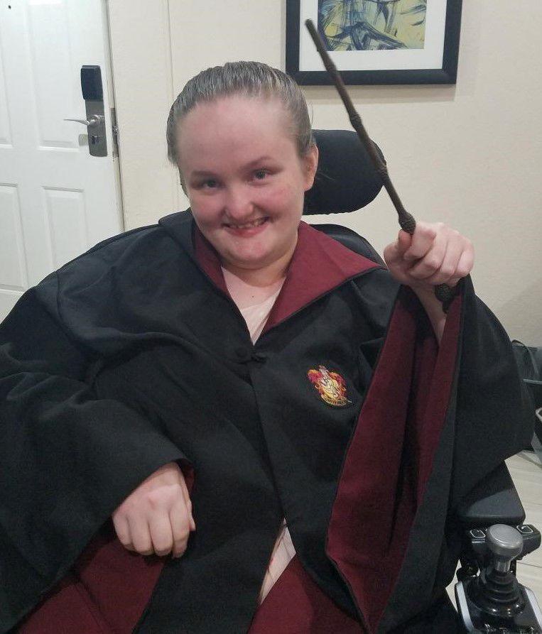 Katie-Hogwarts (2).jpg