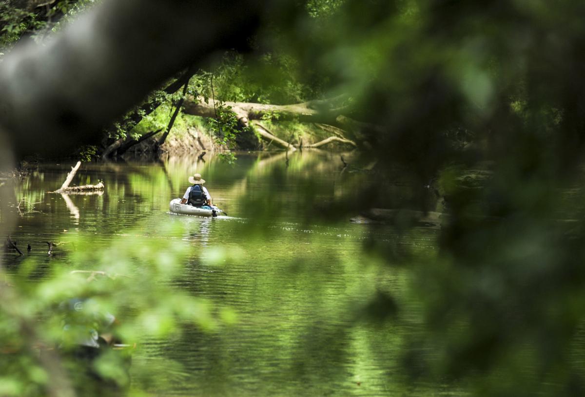 D200619 canoe trail
