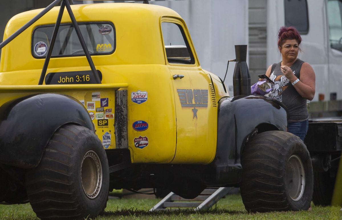 190809 Lexington Tractor Pull 12