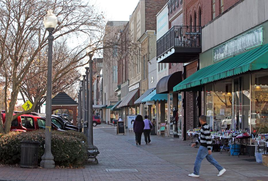 Florence named Alabama's most picturesque small town ...