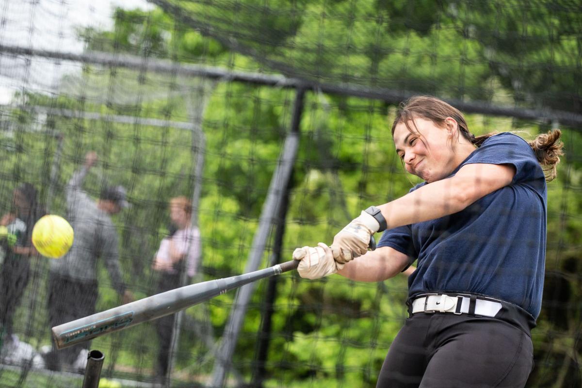 Alani Simmons Waterloo softball