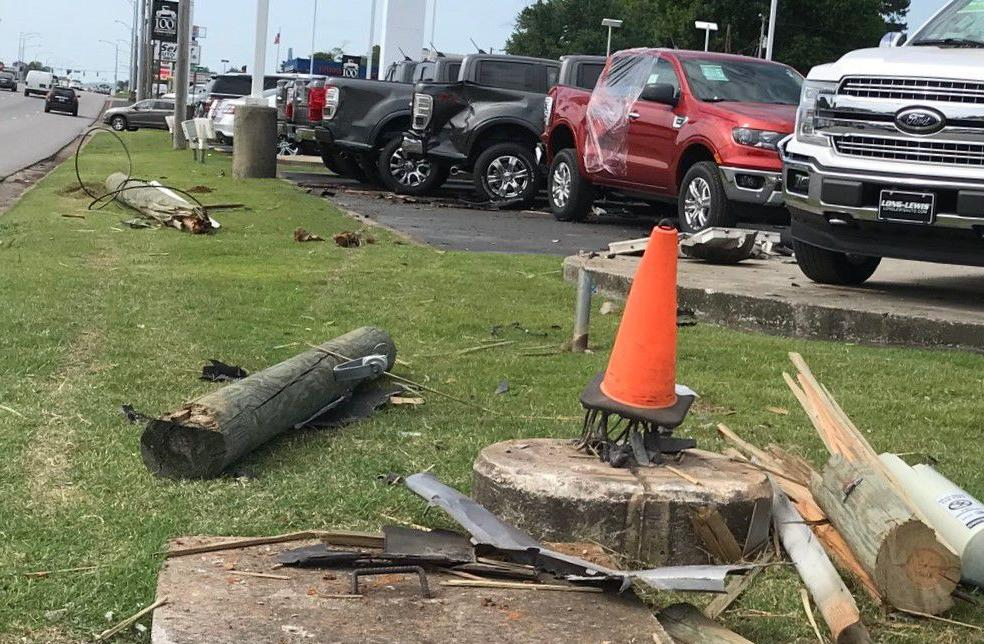 Long Lewis Ford >> Car Strikes Long Lewis Vehicles Injures Driver Local News