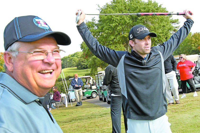 Willingham gives back to Shoals