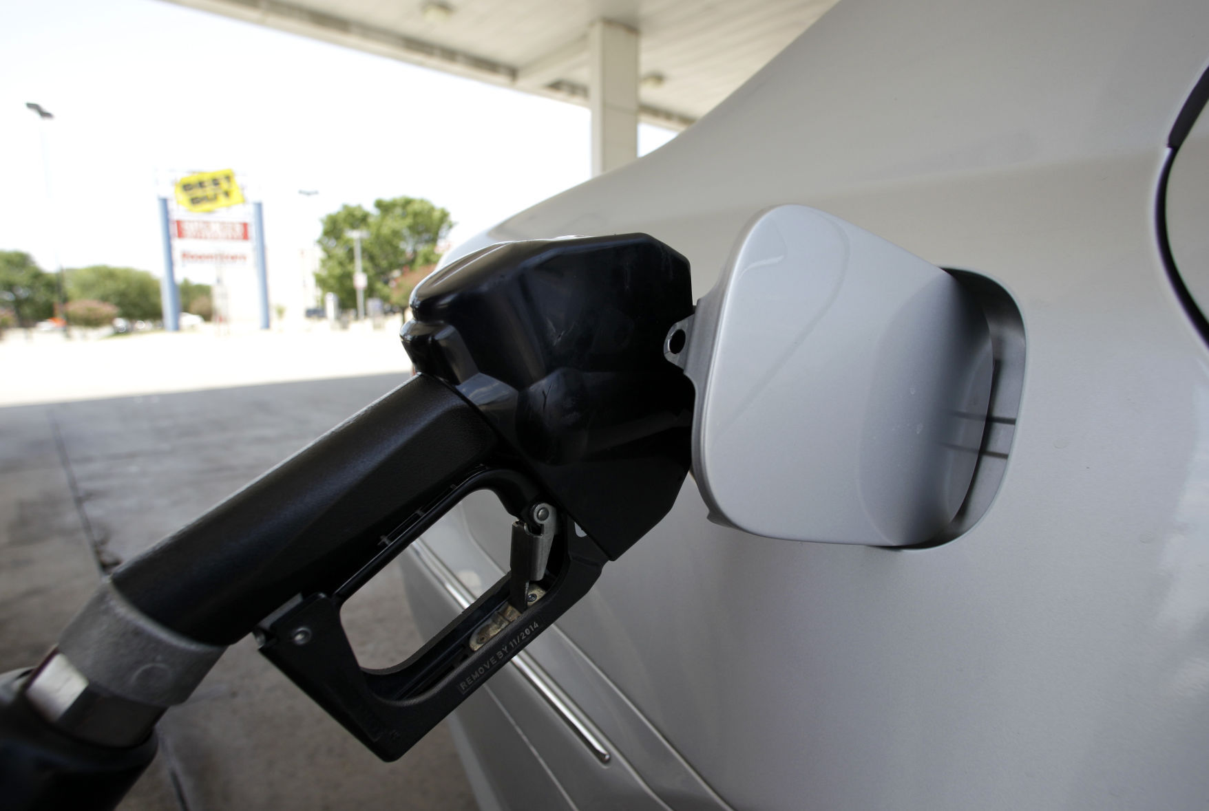 Gas Prices Rise in Florida But Still Below National Average