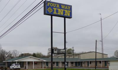 Four Way Inn 03.jpg