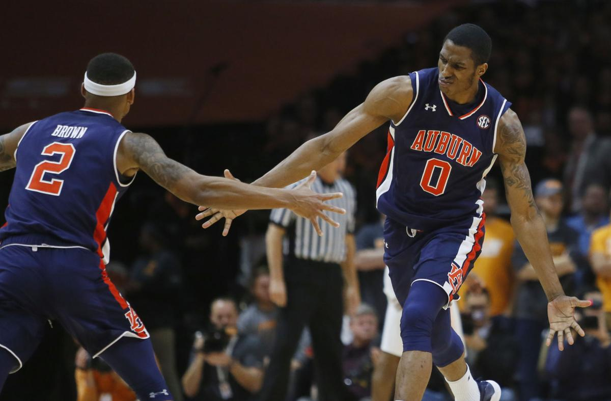 Auburn Basketball Horace Spencer Bryce Brown Timesdaily Com