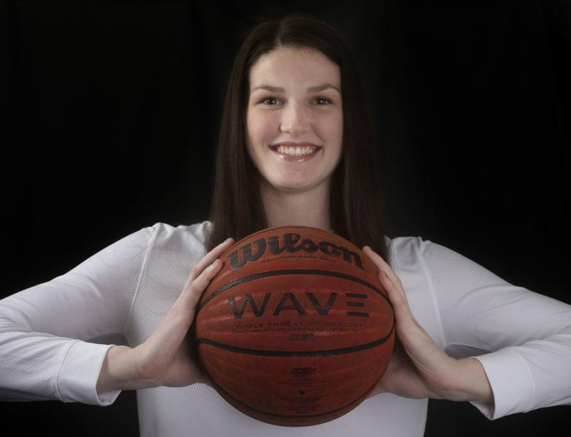 Muscle Shoals basketball standout Sara Puckett commits to Tennessee
