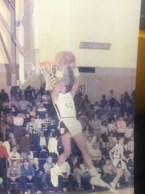 Wayne Sears Russellville basketball 2