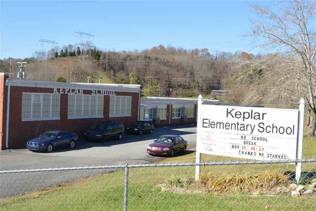 Hawkins BOE votes to close McPheeters Bend, Keplar at the end of 2020-21