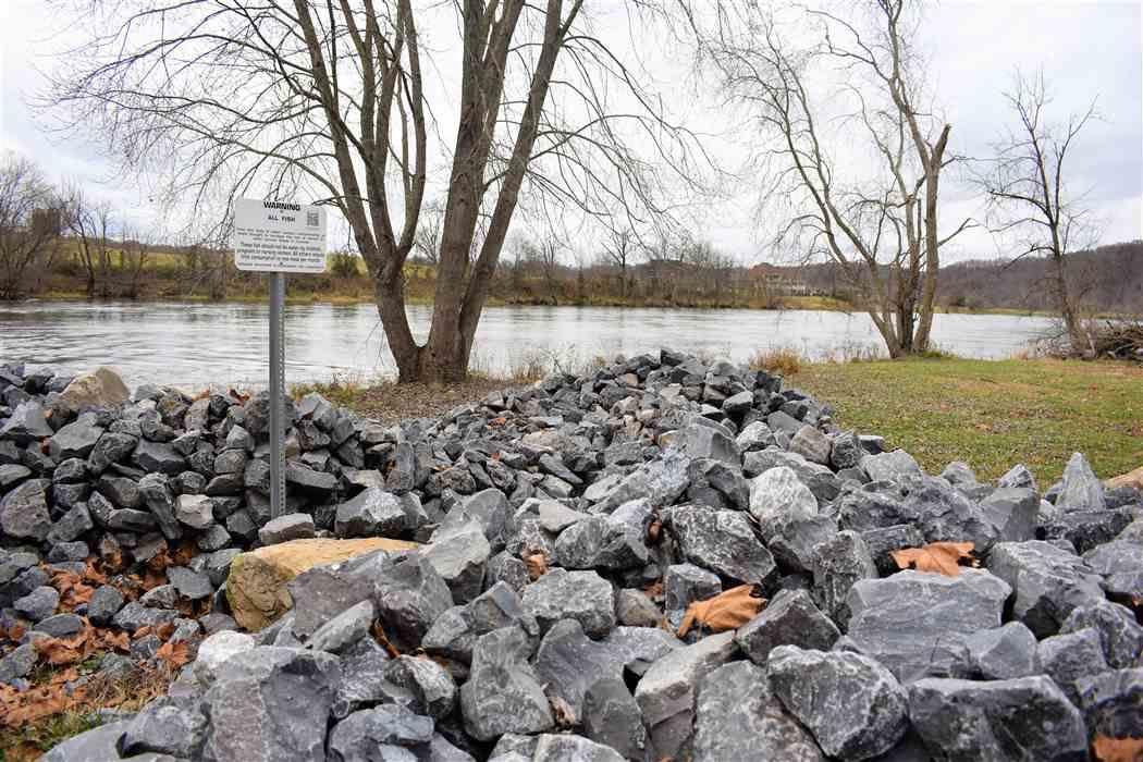 Shoreline erosion project closes Laurel Run Park's walking track
